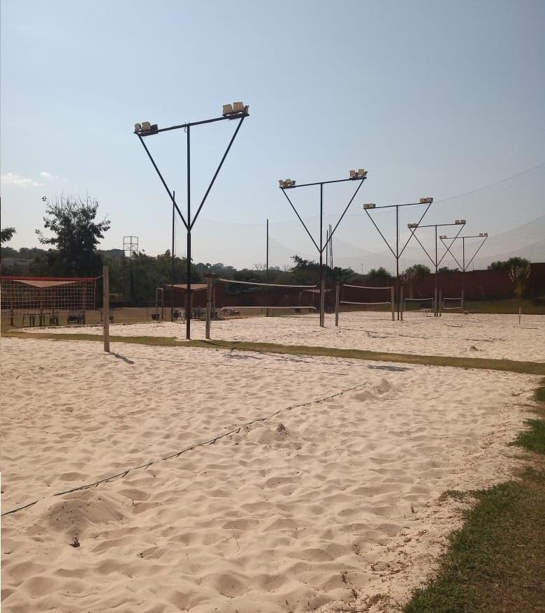 Quadras de areia do Kauai Sports, em Ribeirão Preto| Foto: Amanda Pioli
