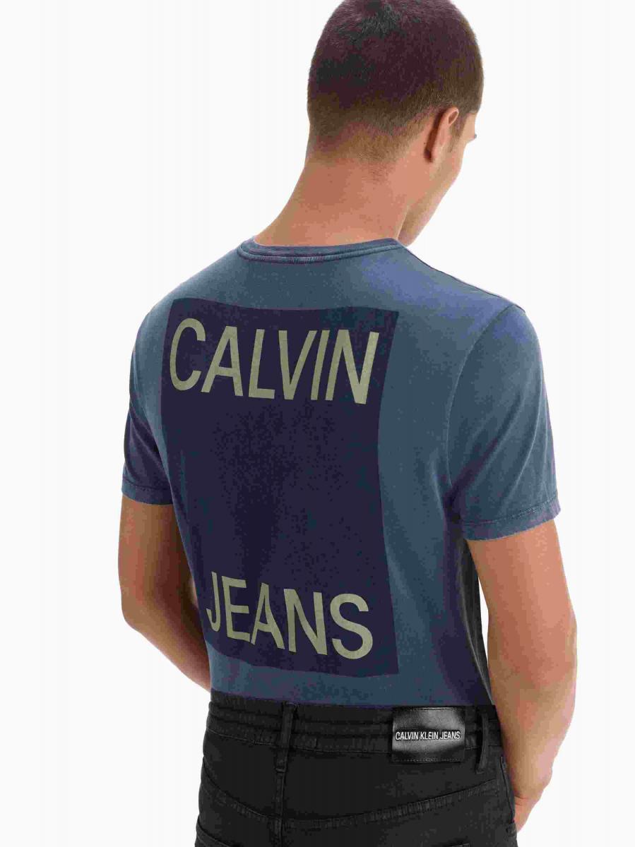 """16f52f9a7cd94 O """"The CKJ Denim Index"""" é uma solução elevada na busca do jeans ideal e com  um alcance diverso de fits masculinos e femininos."""