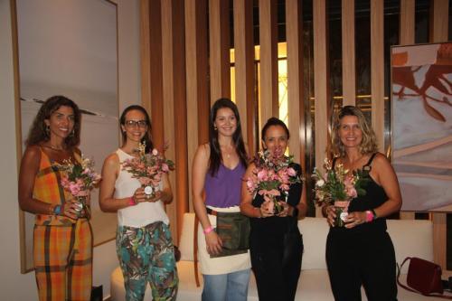 Renata Salomão, Flávia Santos, Ana Boldrini, Eliane Haddad e Patricia Mele