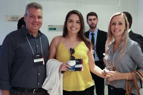 Luiz Marcelo Valsani, Carolina Paiva Ribeiro  e Adriana Tomazeli