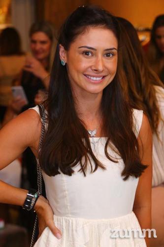 Brenda Meirinhos