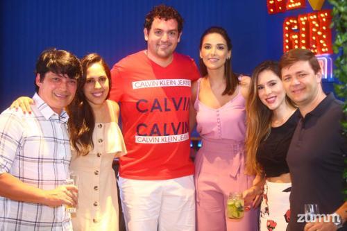Fabricio e Gabriela Nishimura, Rafael Martinez e Carla Caetano, Natalia e João Henrique Andrade