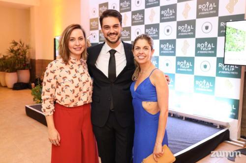 Thais Poli, Gustavo Medeiros e Letícia Epifane