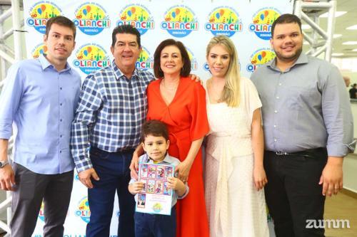 Matheus, João Pedro, Eni Oliveira, Felipe, Francine e Felipe Di Lello