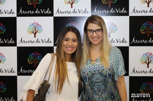 Vanessa Melo e Letycia Campos