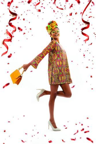 Vestido, sapatos, chapéu Ateliê Sonia Roveri | Brincos, colar e bolsa Marília Lima Acessórios