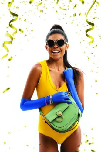 Body e luvas Ateliê Sonia Roveri | Pulseiras Zaren Semijoias | Bolsa Marília Lima Acessórios | Óculos Gucci Óticas Diniz Prime