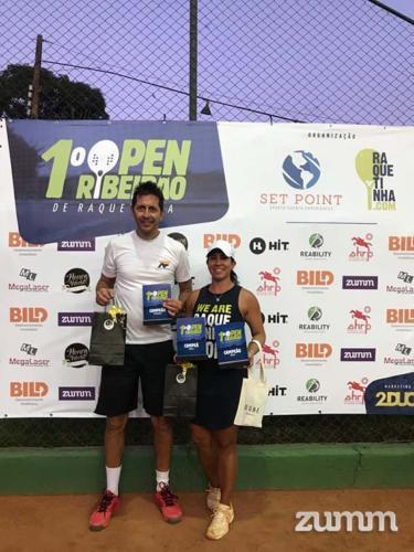 Adriano Ferreira e Fabiane Vega