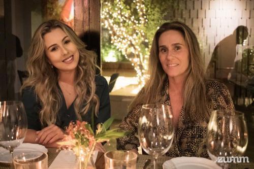 Isabela Salgueiro e Isabela Junqueira