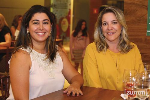 Melina Viegas e Débora Queiroz
