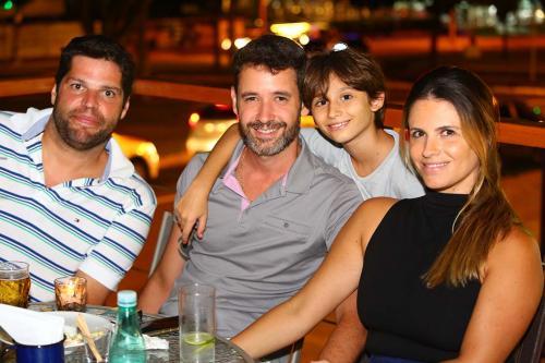 Juliano, Rafael, Marina e Cadu Martins
