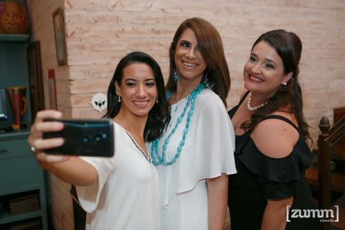 Meninas Amicci