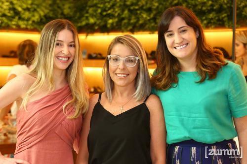 Aline Flausino, Dayany Meireles e Carolina Flausino