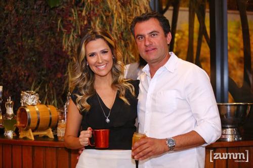 Juliana Peres e Eduardo Cochoni
