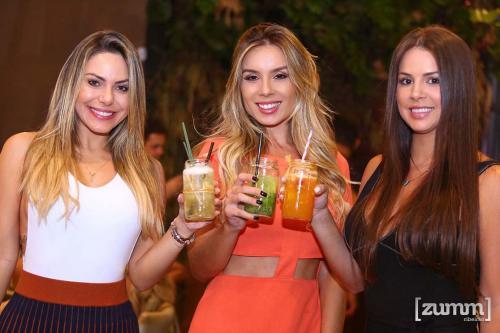 Marjorie Serena, Amanda Avila e Ariane Barbosa