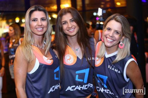 Janaina e Julia Bordon e Breila Plaine