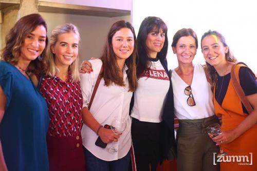 Juliana Ávila, Mariana Ciciarelli, Kally Frassetto, Mariana Orsi Cacau Ribeiro e Talita Brandao