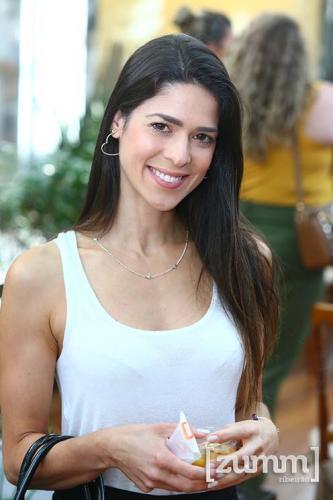 Katia Costa