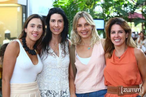 Lívia Magdalena, Carol Titoto, Ana Lúcia, e Bruna Cardoso