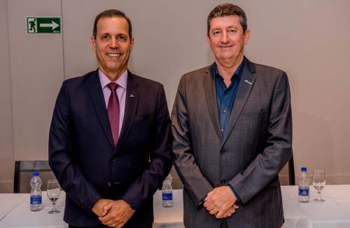 Roberval Ferreira França e Cesar Augusto Campez Neto
