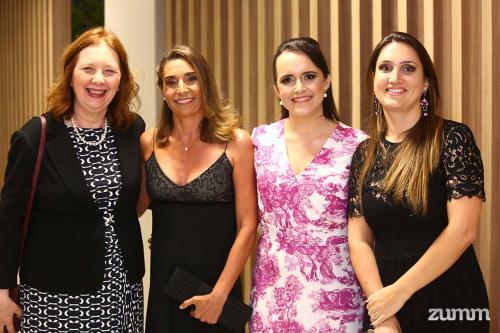 Sílvia Fonseca, Fernanda Crysostomo, Elaine Bizerra e Viviane Neves