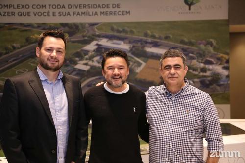 Rodrigo Camargo, Marcos Araujo e Ricardo Telles