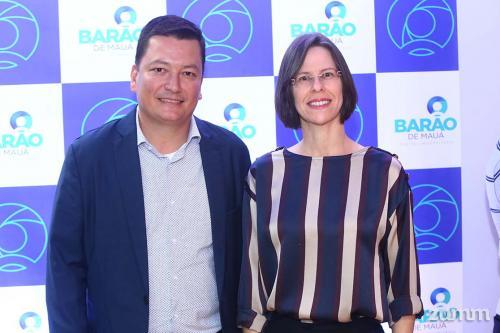 Douglas Yoshihara e Valéria Aquino