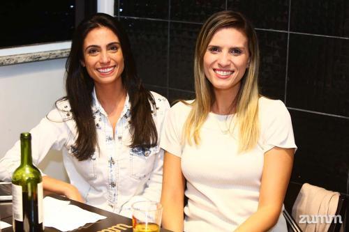 Marcela Casseb e Thays Travaina
