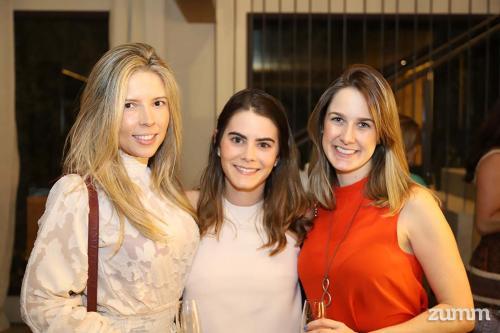 Ludmilla Nobre, Marina Carrion e Bruna Resende