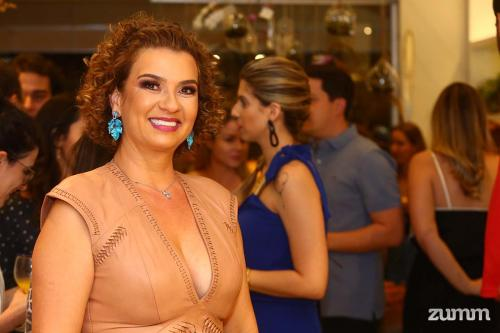 Mônica Paterniani