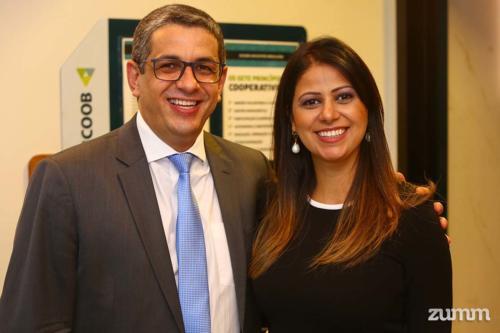 Alessandro Dias e Luciana Correa Pires