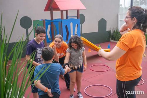 Crianças participaram do evento de entrega