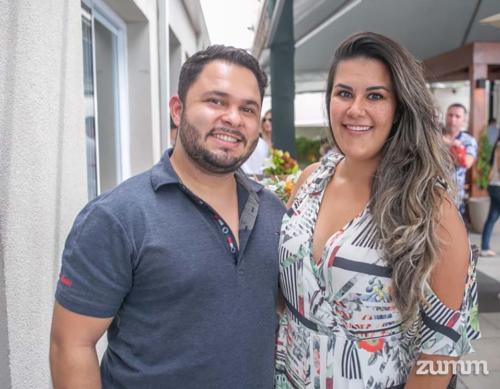 Lucas Verri e Gabriela Chenci