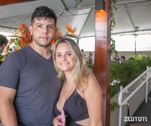 Victoria Alves e Guilherme Costa